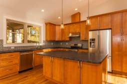 5 Zephyr Dr Asheville NC 28806-small-007-20-Kitchen-666x444-72dpi